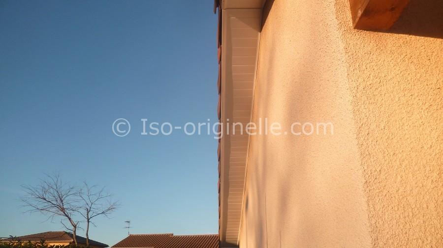 Habillage passe de toit PVC blanc
